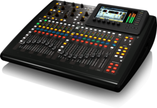 X32 Compact sound console